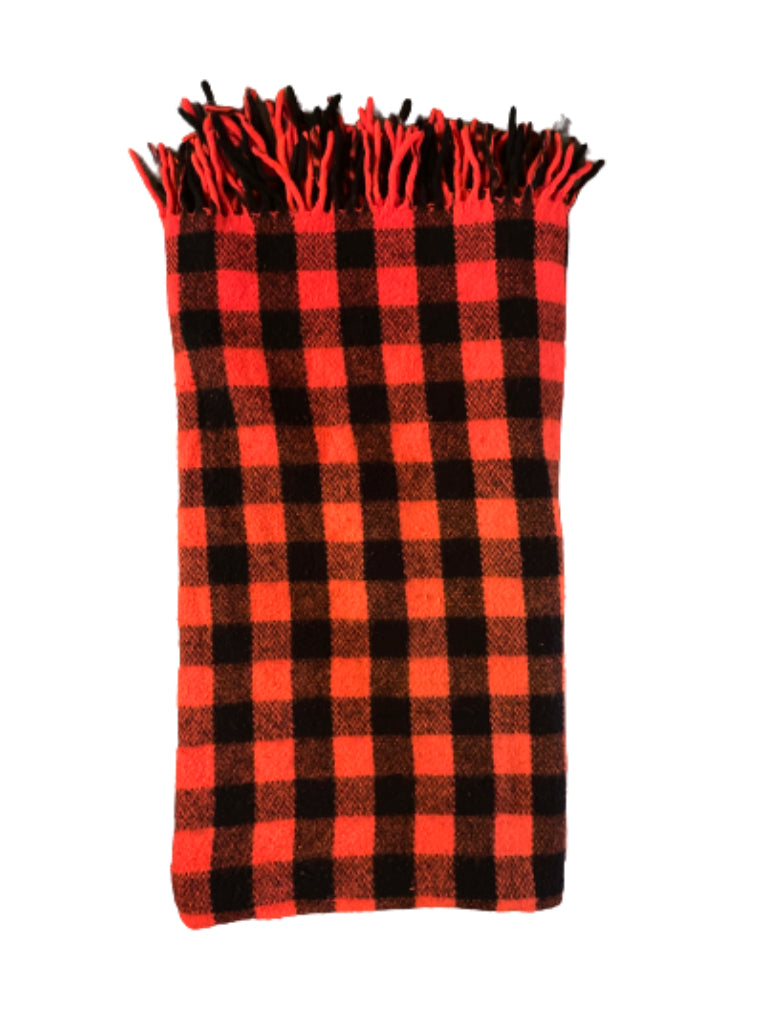 SILICON VALLEY: Hacker Hostel Red Plaid Blanket