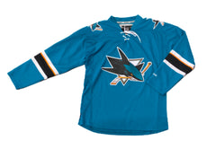 SILICON VALLEY: Erlich's Food Delivery Guy's Sharks Jersey
