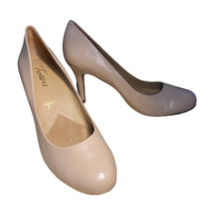 SILICON VALLEY: Monica's Nude Trotters Signature Heels