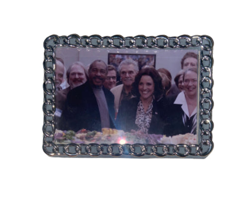 Screenbid Media Company, LLC. - VEEP: Framed Photo of Selina with the American People