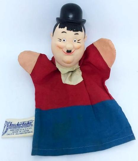 Hardy Knickerbocker Hand puppet 1965 (this gent has some paint on the right side of his face missing tie)-1