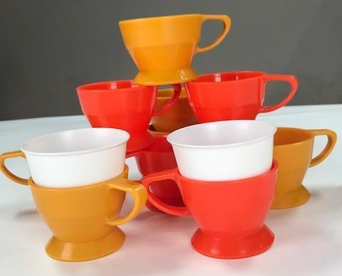 Screenbid Media Company, LLC. - Vintage Set of Orange and Yellow Solo Cup holders