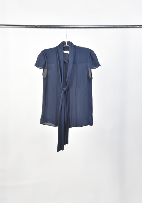 Screenbid Media Company, LLC. - Beth's Alice&Olivia Navy Silk Flutter Blouse
