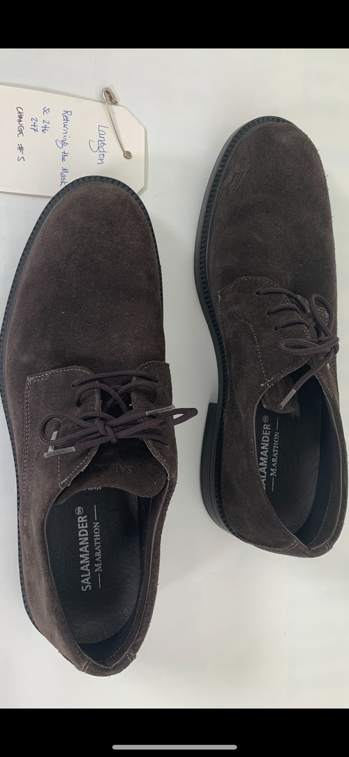 Screenbid Media Company, LLC. - Inferno: Robert Langdon's Brown Suede Designer Shoes