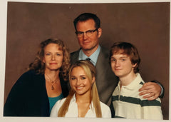 HEREOS: Claire Bennet Family Photo