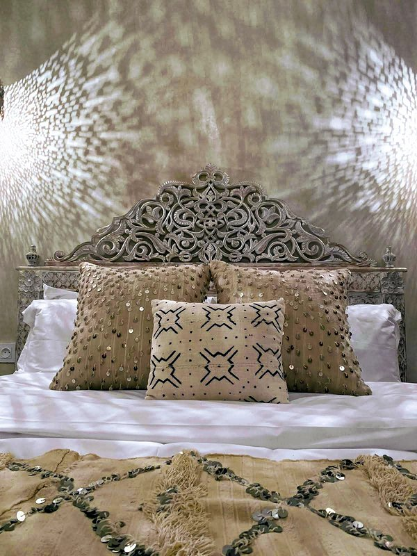 Moroccan camel bone bed