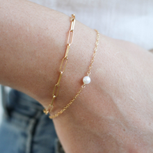 The Simp Bracelet - White Pearl