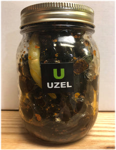 Gemlik Black Pearl Olives Marinated With Red Maras Pepper Flakes,Oregano With Olive Oil. ( Net Weight 390-400 gr )