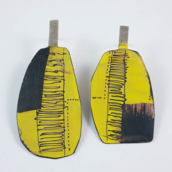 Apron earrings;  lg yellow