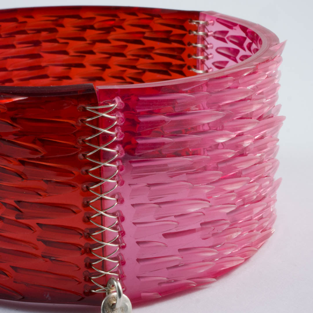 Skin Deep bangle pink/red