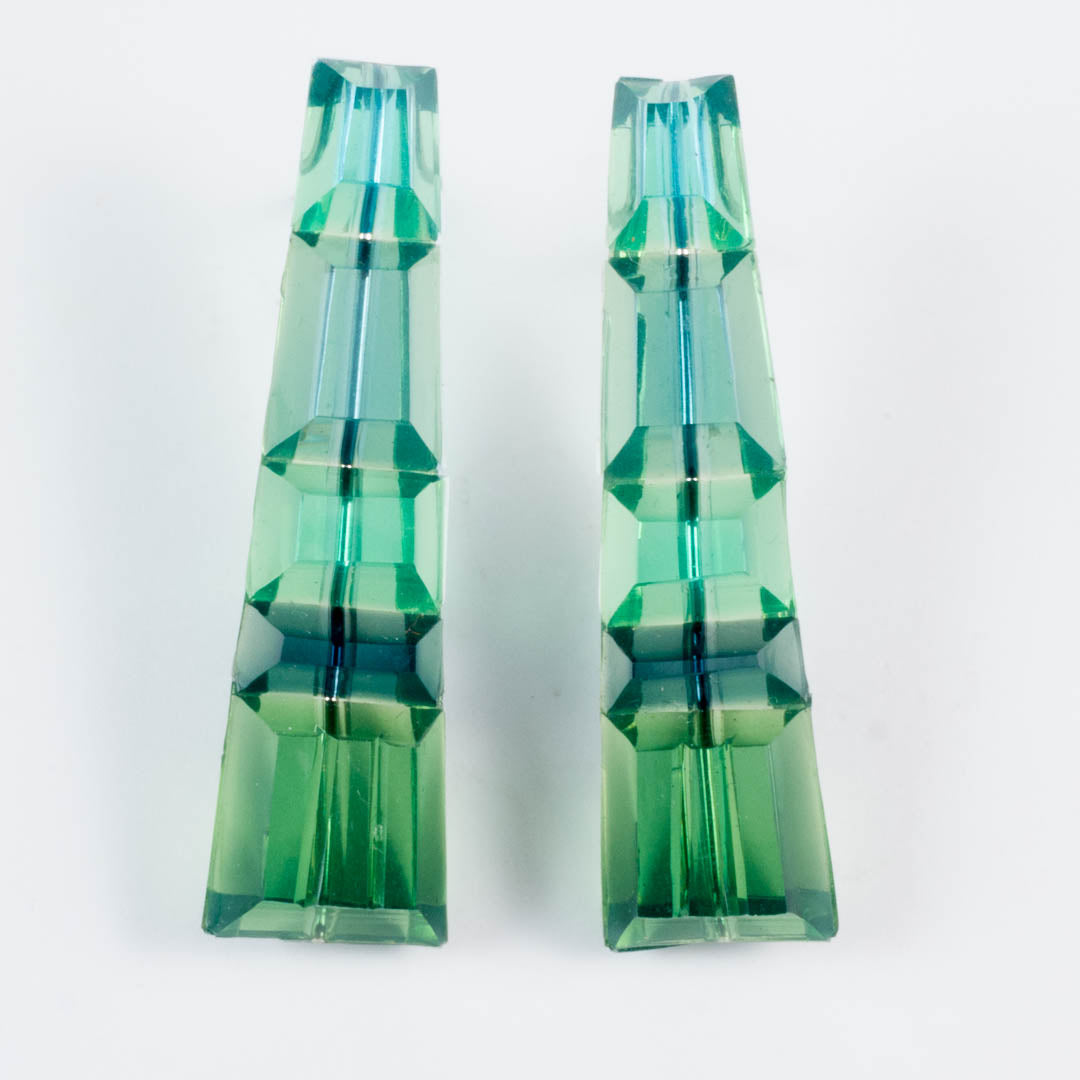 Horizon studs, green