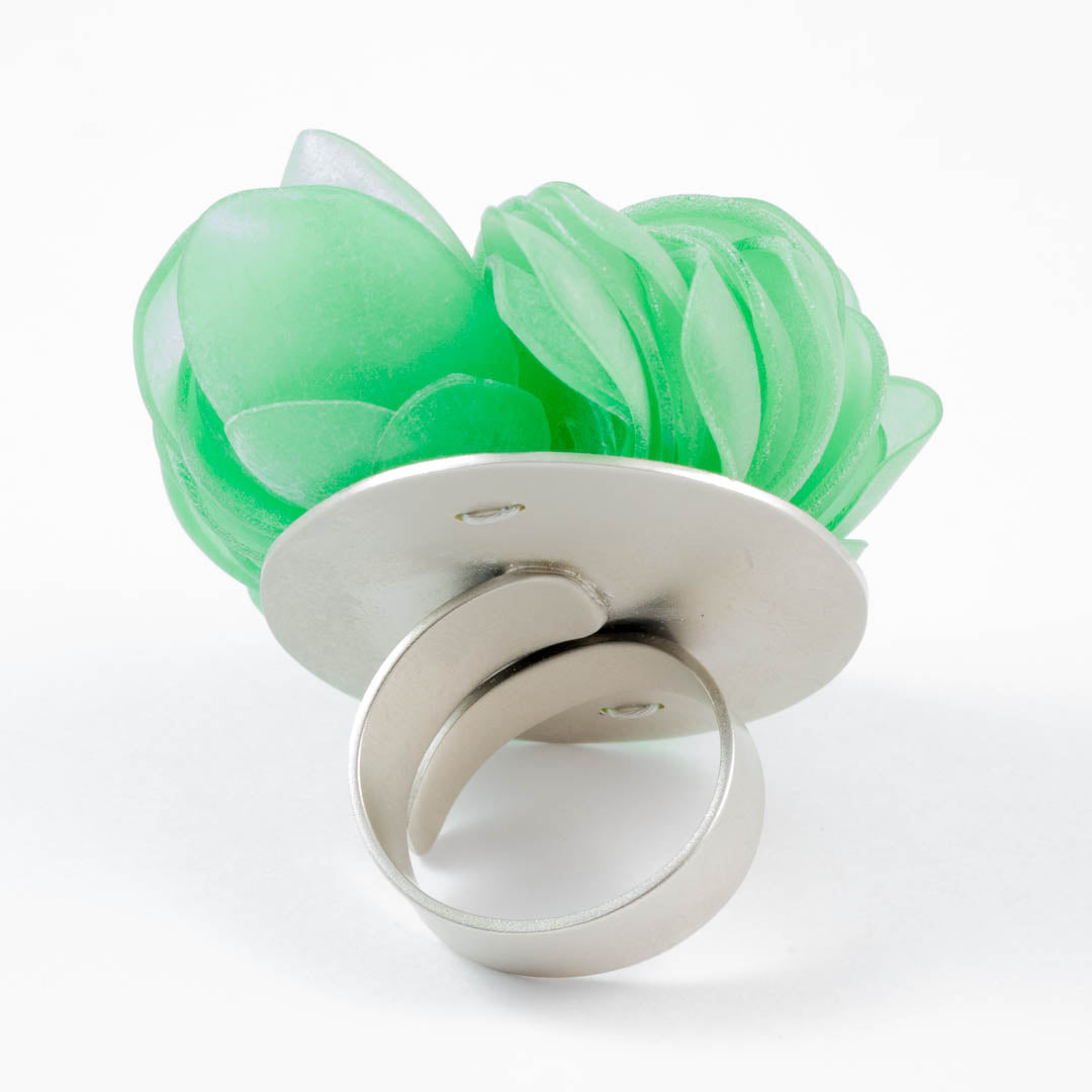 Nature ring, Furious green
