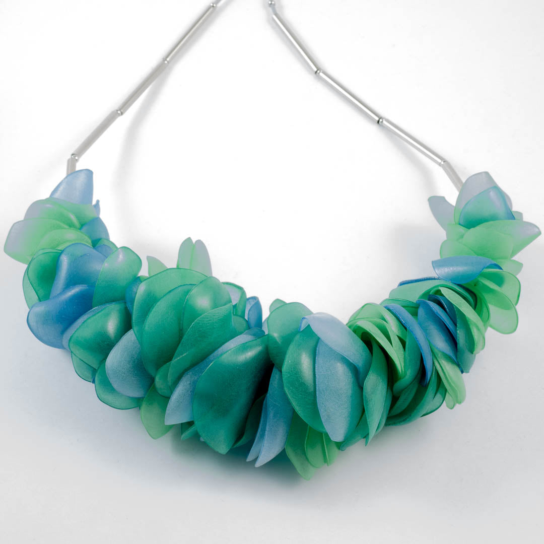 Nature necklace; green/blue
