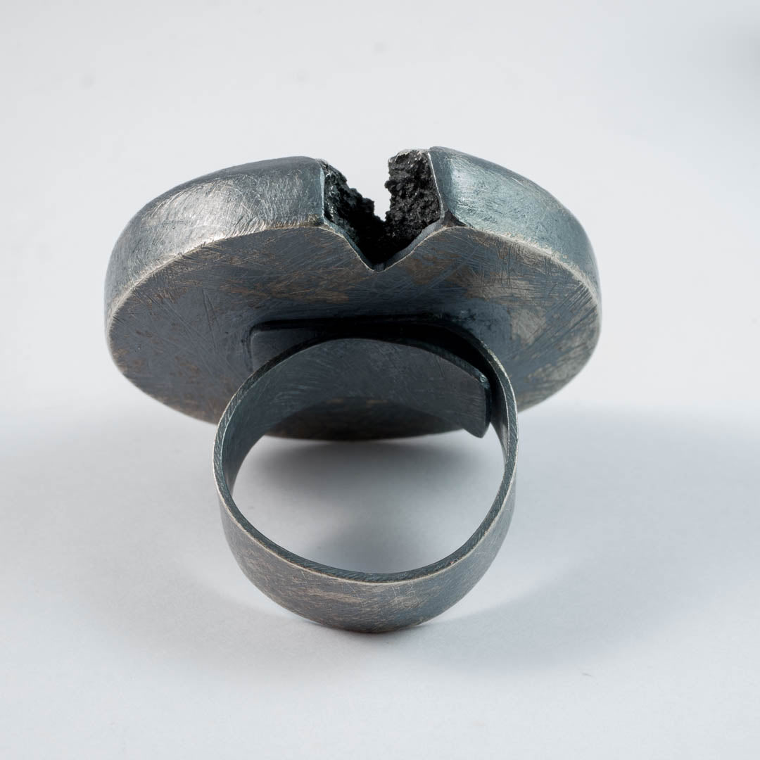 Cracked Ingot ring, PG819