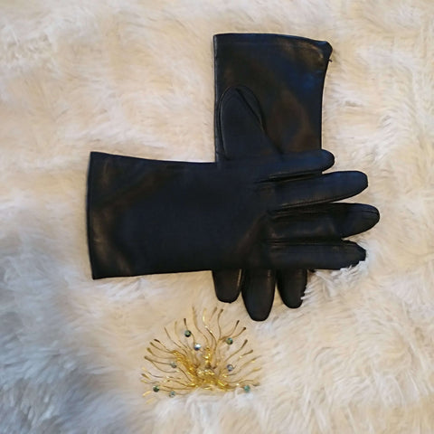 [the_nomadic_attic]:Women's Vintage Lord and Taylor Gloves