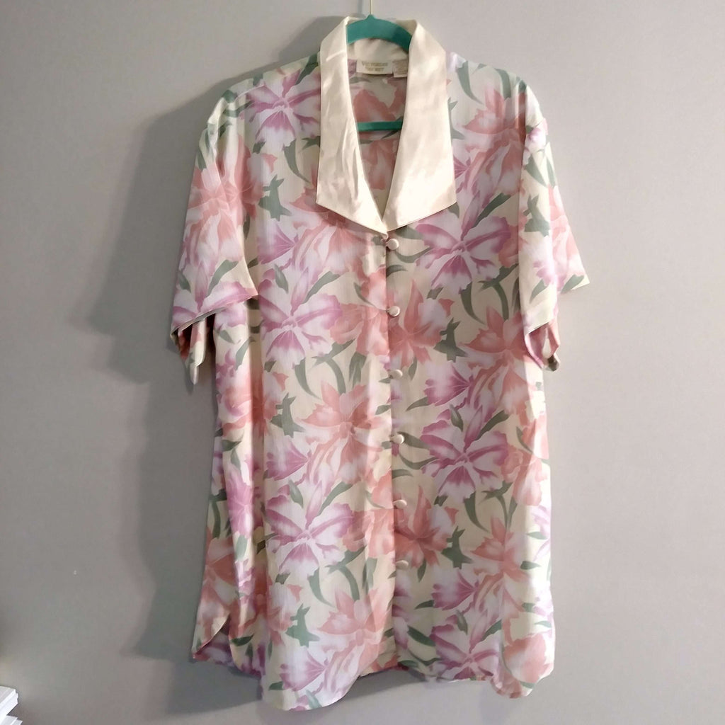 [the_nomadic_attic]:Women's Authentic Vintage Victoria's Secret Night Shirt