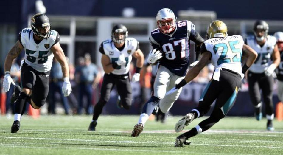 Gronk Happy to be Part of Patriots' Playoff Push | Gronk Nation