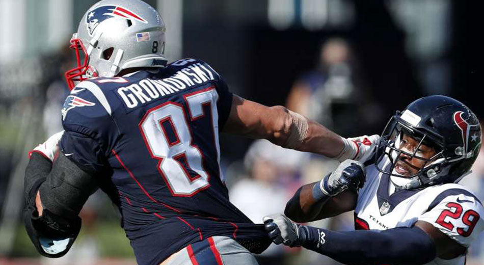 Gronkowski Makes Crucial Plays in Comeback Win | Gronk Nation