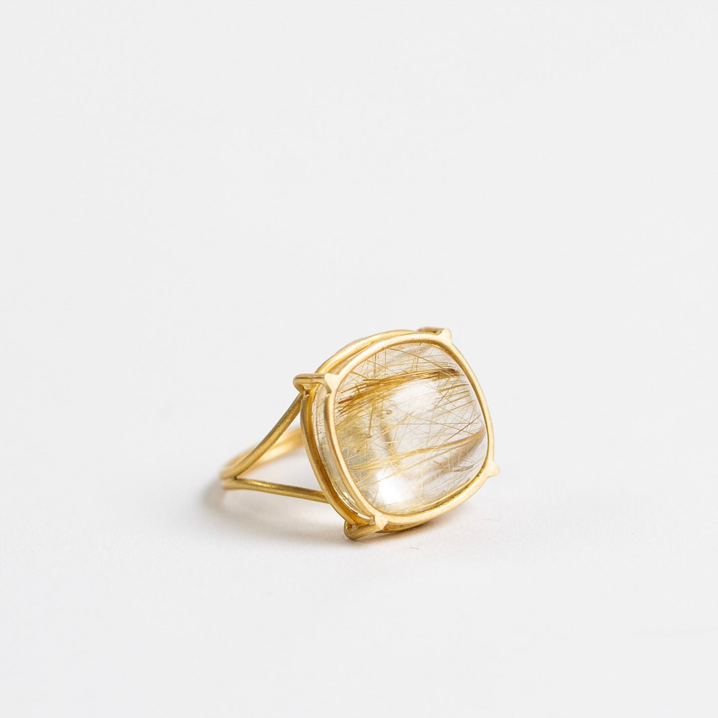 Rosanne Pugliese <br>Oval Cabochon Rutilated Quartz Ring