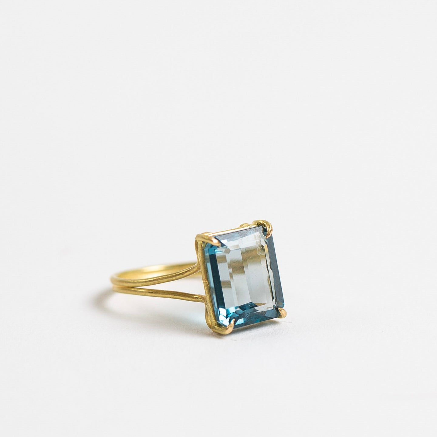 Rosanne Pugliese <br>London Blue Topaz Ring