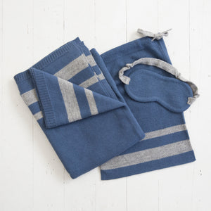 Alpaca Travel Set in Blue