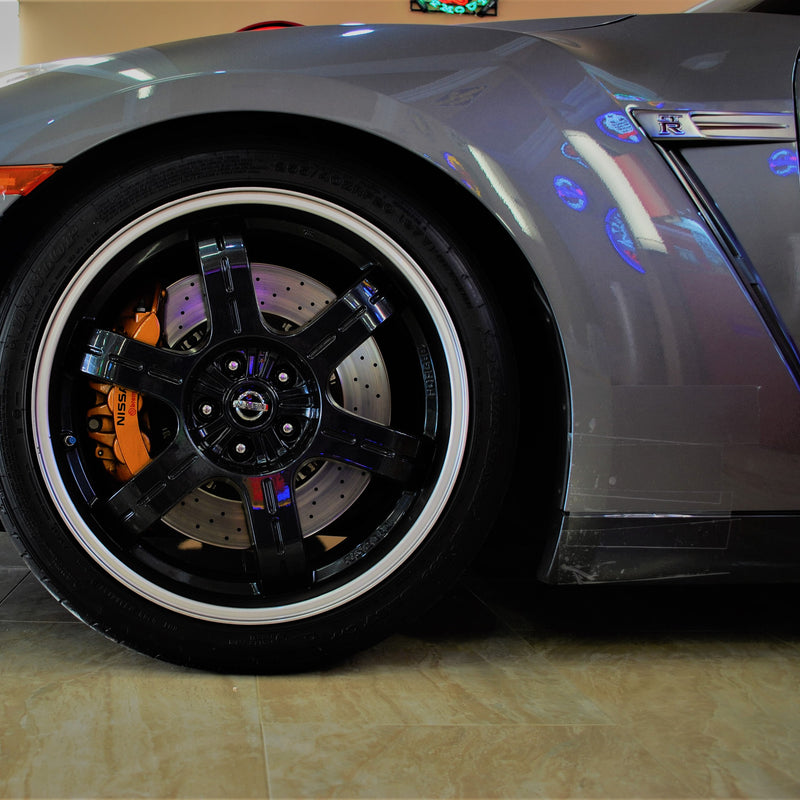 Nissan GTR driver side front wheel with TrackArmour