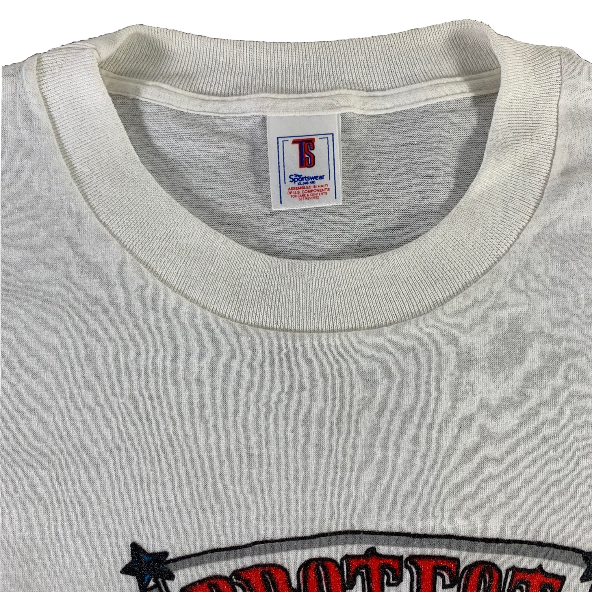 "Vintage Protect Our Troops ""Desert Storm"" T-Shirt"