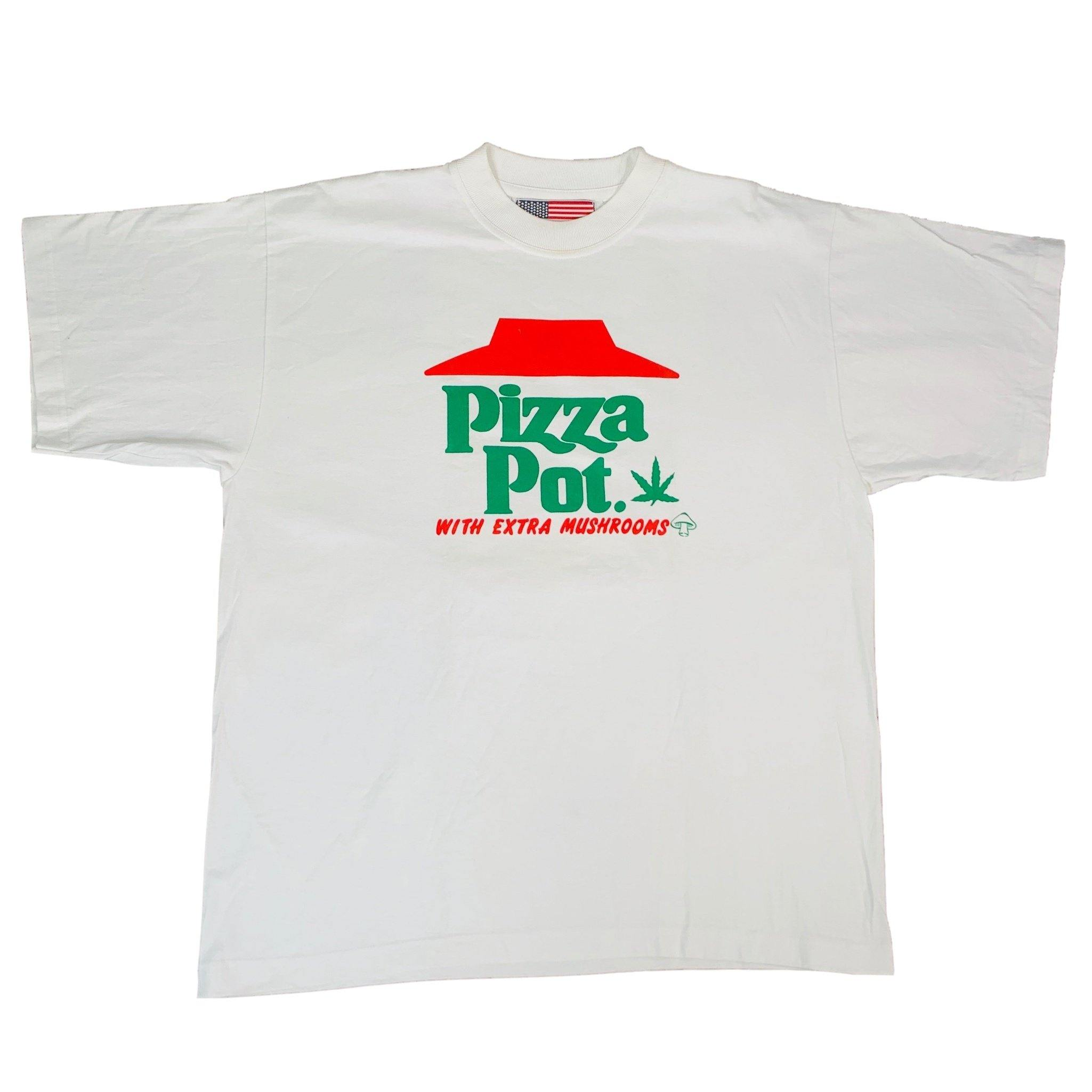 "Vintage Pizza Pot ""With Extra Mushrooms"" T-Shirt"