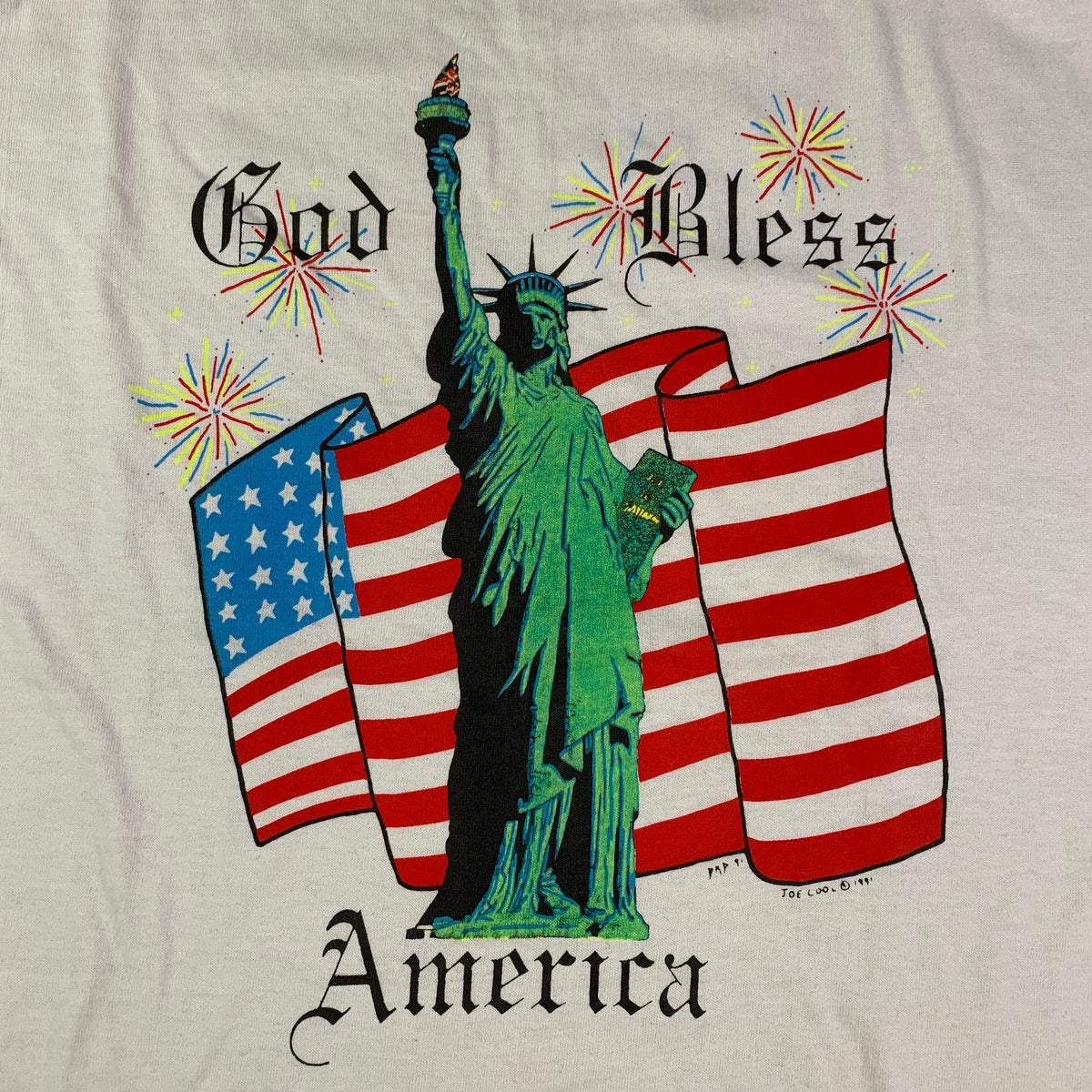 "Vintage Statue Of Liberty ""God Bless America"" T-Shirt"