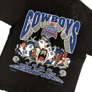 "Vintage Dallas Cowboys ""Superbowl XXVII NFC Champions Looney Tunes"" T-Shirt"