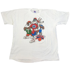 "Vintage New York Knicks ""Looney Tunes"" T-Shirt"