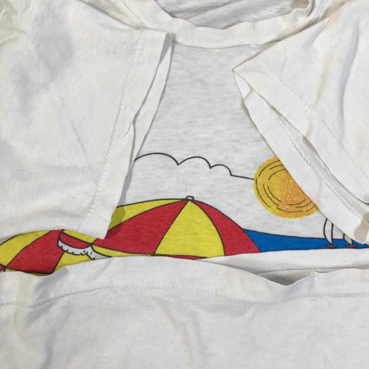 "Vintage Charles Schulz ""Snoopy & Woodstock"" T-Shirt"