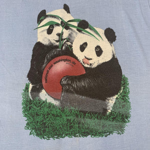 Vintage original Washington D.C. Smithsonian National Zoo Panda T-Shirt detail