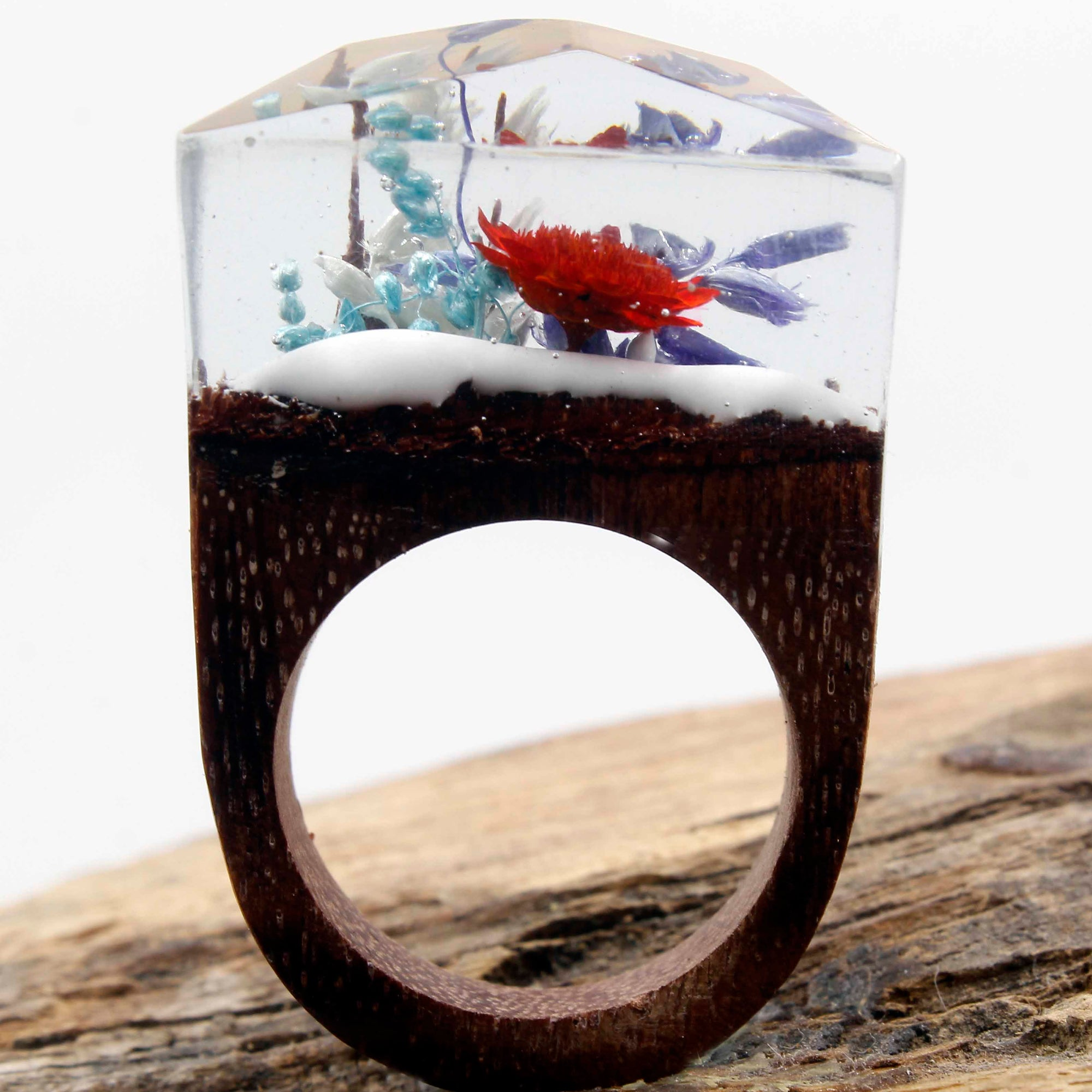 Cold but Blooming, Resin Ring