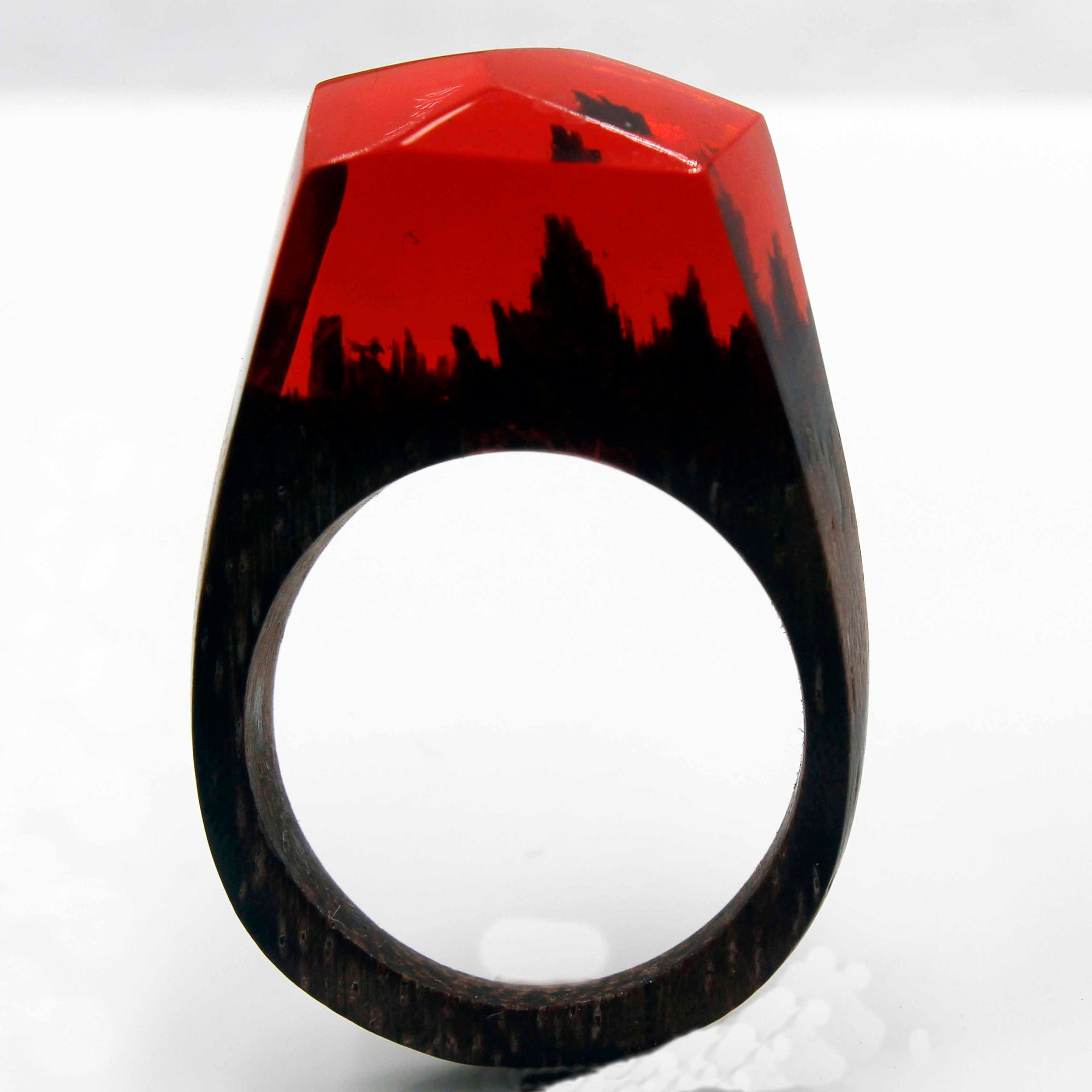 Hot Love, Resin Ring
