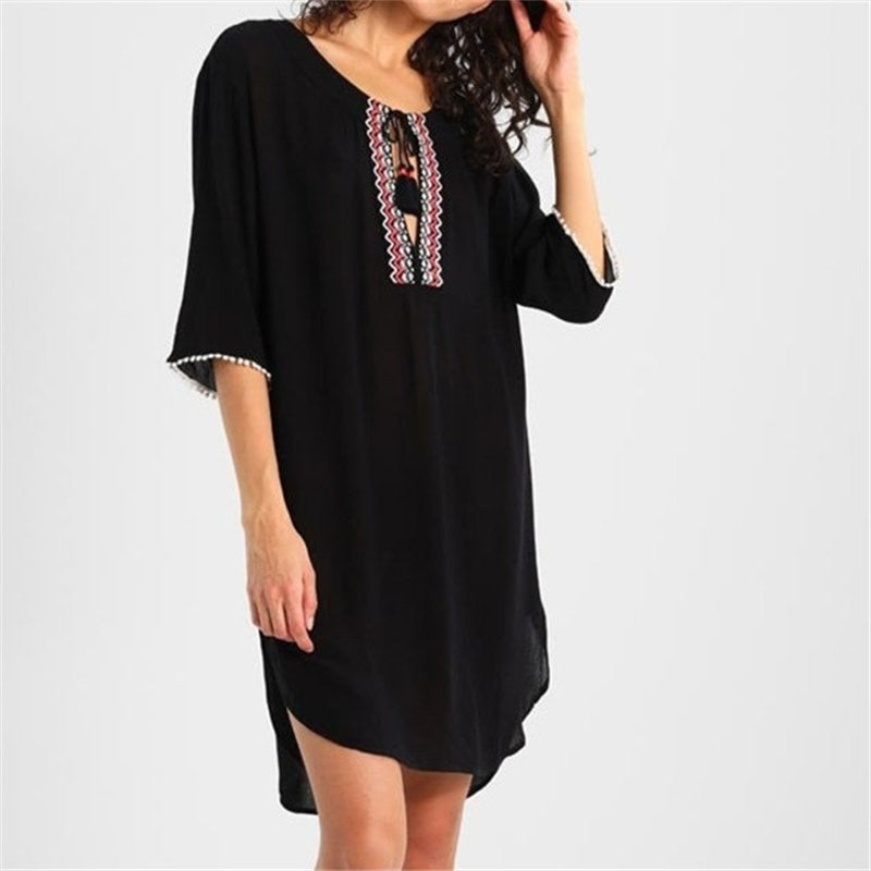 Embroidered O-Neck Beach Dress