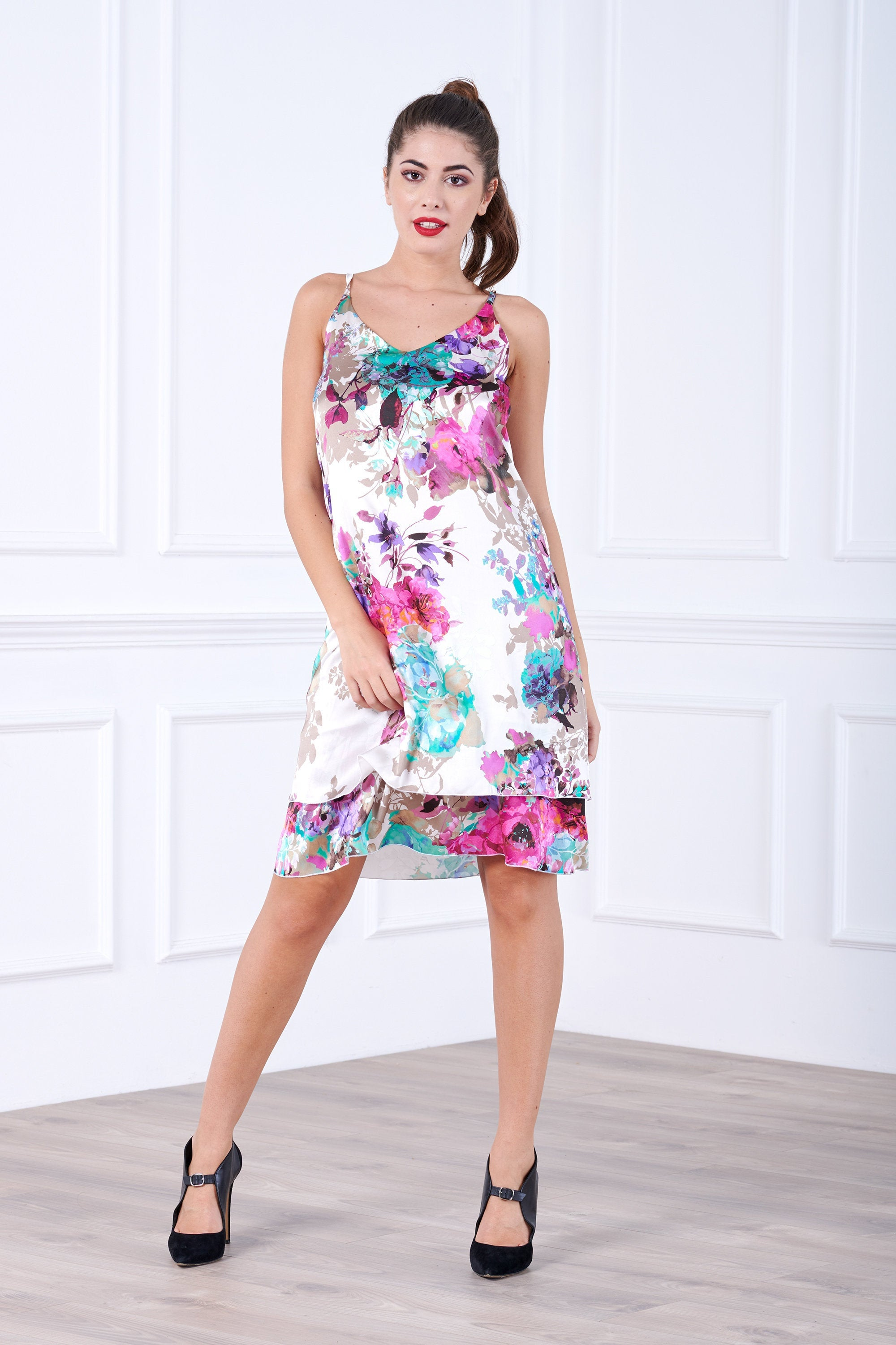 ELEGANT FLORAL SILK COCKTAIL DRESS