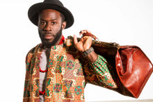 AdeBayo (The crown met with happiness) - Salmon