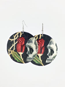 Large shell hancrafted dangle earrings Skulls and Rose bud print black