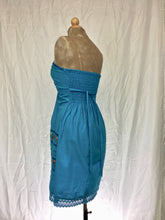 Sweetheart neckline strapless short dress in turquoise blue