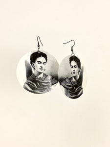 Large shell handcrafted dangle earrings black and white frida print 2