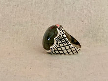 Dragon scale labradorite cabochon sterling silver ring