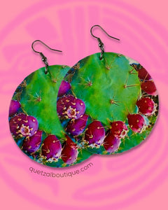 Large shell handcrafted dangle earrings Nopal y Tuna print
