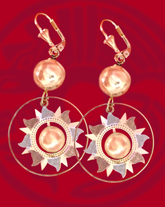 Sun dangle earrings in tricolor 14kt gold plating
