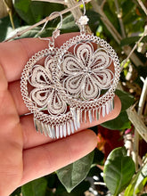 Traditional folklorico floral filigree earring in sterling silver