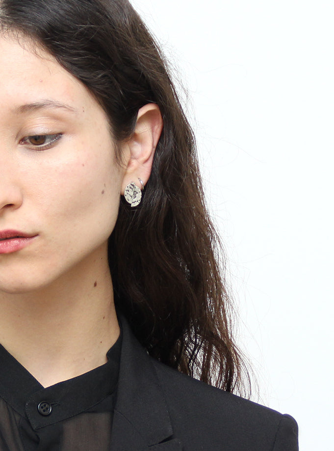 llayers jewelry earrings lacus oxidised textured silver