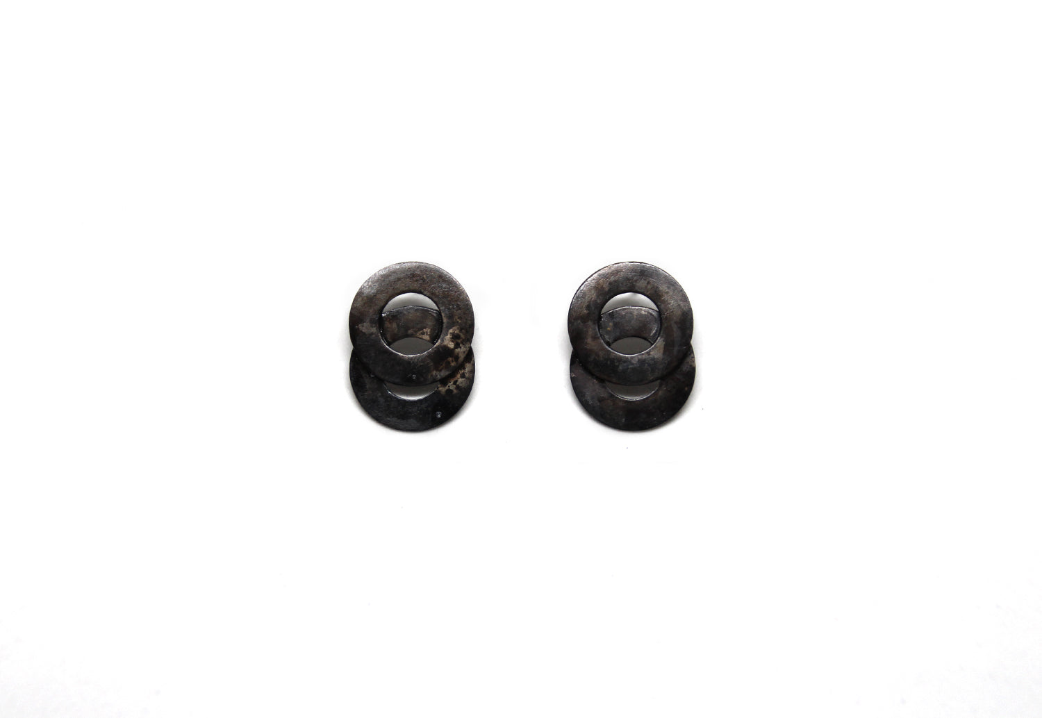 llayers jewelry earrings loop black disks boucles oreilles cercles