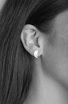 llayers jewelry mini moon quarter earrings silver - boucles d'oreilles llayers quarter quartier de lune argent