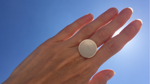 llayers jewelry minimal silver solstice disk ring bague solaire lune minimale argent