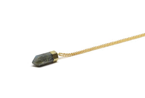 llayers jewelry necklace healing gold stone labradorite, collier llayers avec pierre protectrice labradorite et or